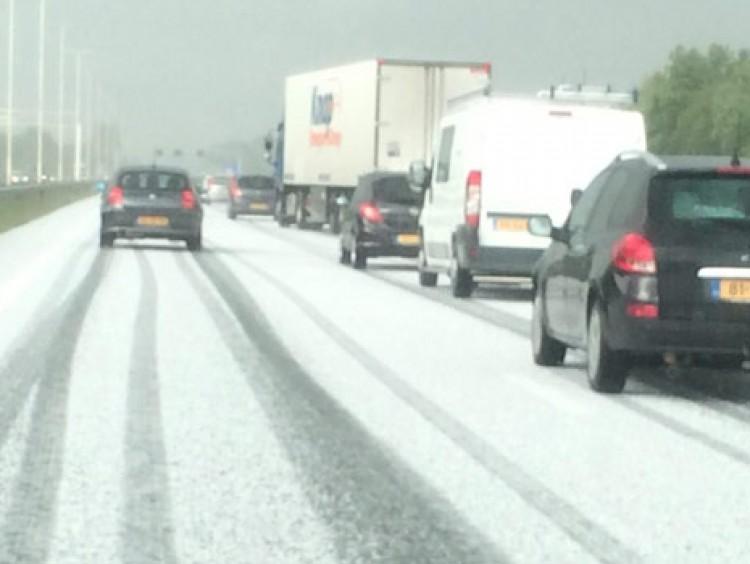 De witte snelweg